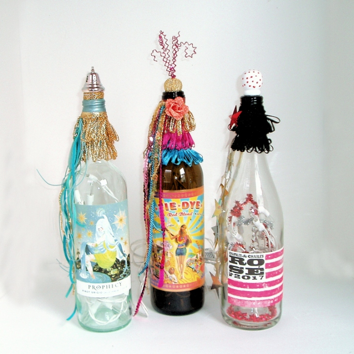 wine bottle lamps feature