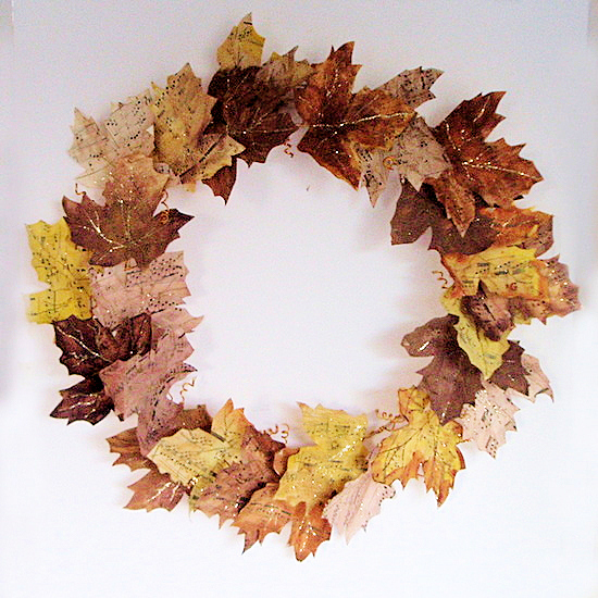 sheet music wreath feature