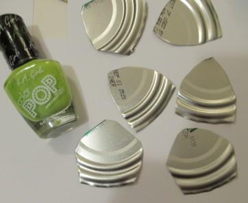 tin lid leaves start