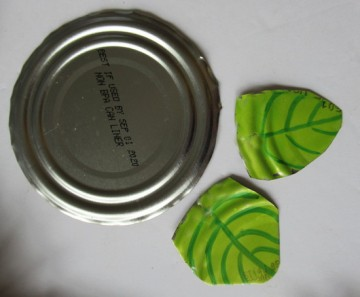 tin wreath leaves start