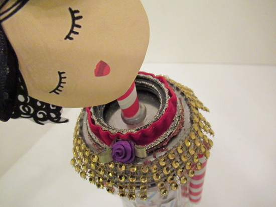 valentine doll neck