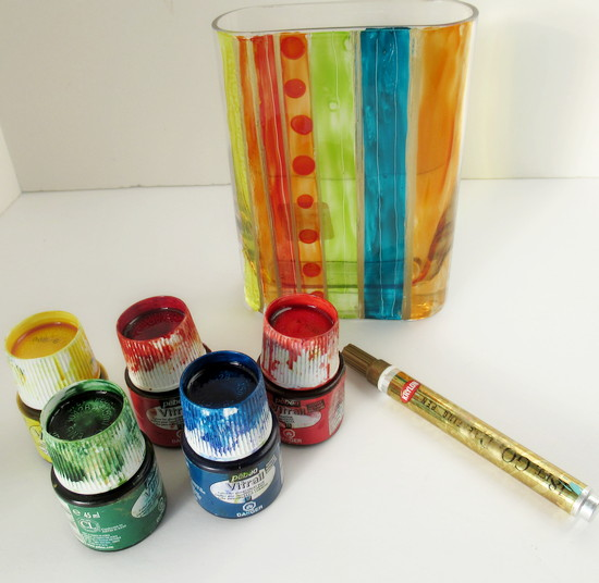 vase paint stripe