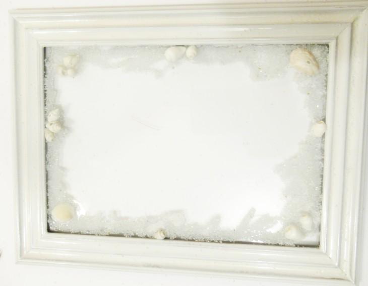 white frame sand