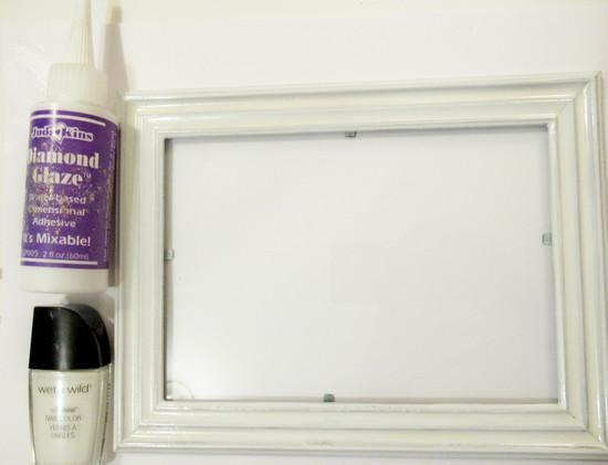 white frame start