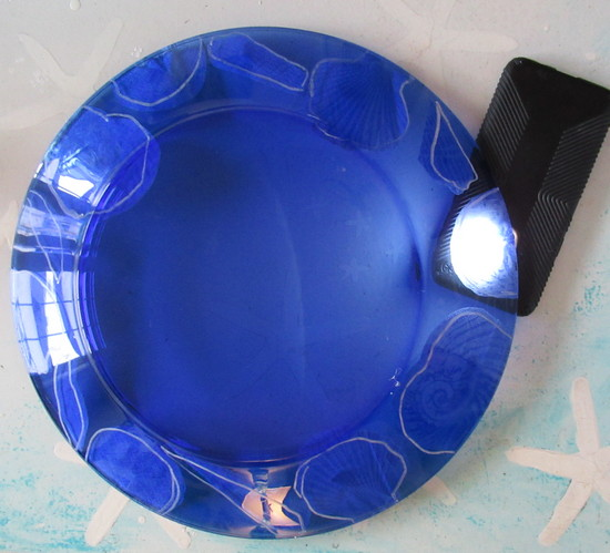 blue plate trace on back