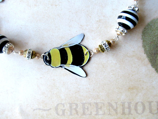 tin bee necklace tin closeup