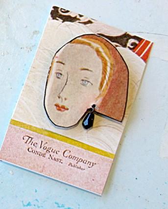 vogue necklace lapel pin
