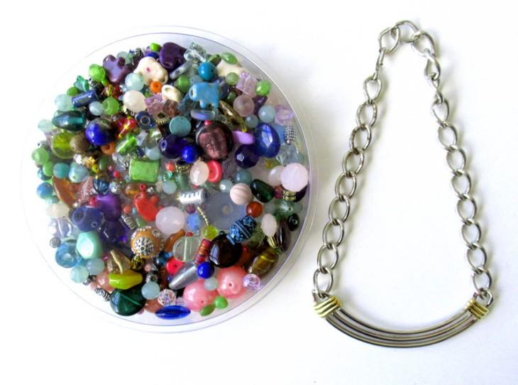sassy necklace upcycle start